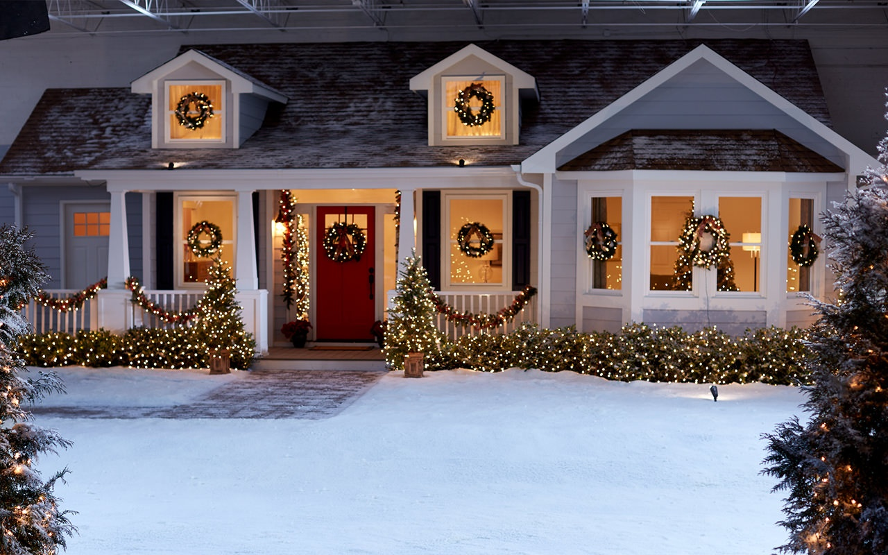 house-facade-in-studio-snow-scene