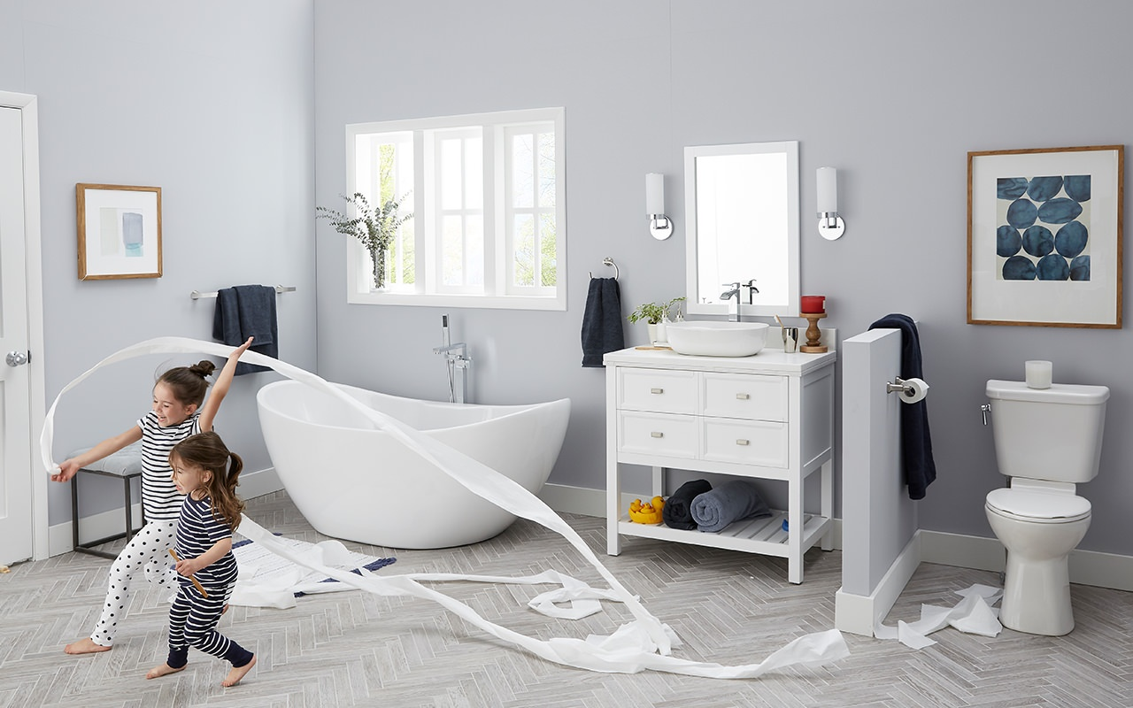 kids-playing-in-bathroom-tub-toilet